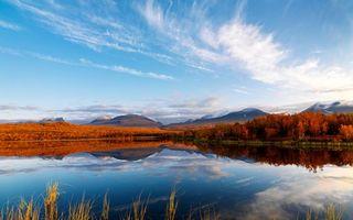Фото бесплатно осень, озеро, гладь, отражение, деревья, горы, небо, облака