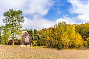 Фото бесплатно осень, поле, домик
