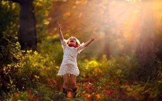 Фото бесплатно ребенок, девочка, лес