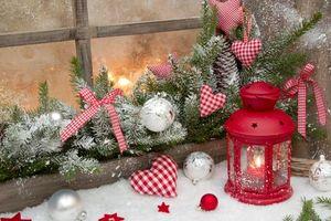 Заставки новый год, новогодние обои, украшения, Рождество, фон, дизайн, ёлочные игрушки, ёлочные ветки, фонарь