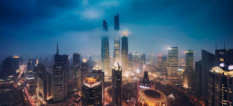 Фото бесплатно ночной мегаполис, небоскребы, высотки