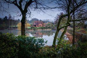 Фото бесплатно озеро, дом, деревья