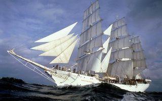 Бесплатные фото море,волны,корабль,мачты,паруса,люди