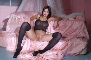 Бесплатные фото Demi A,модель,красотка,голая,голая девушка,обнаженная девушка,позы