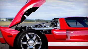 Бесплатные фото форд гт, красный, диски, капот, двигатель, воздухозаборник