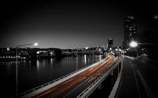 Заставки ночь, мост, машины, река, дома, огни