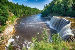 Бесплатные фото река,лес,деревья,водопад,пейзаж