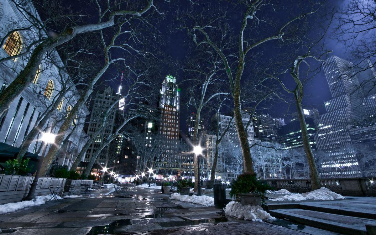 Фото бесплатно ночь, улица, фонари, деревья, снег, дома, здания, огни, город