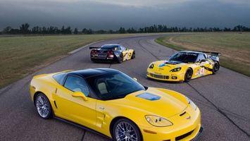 Бесплатные фото corvette zr1,классический цвет,желтый