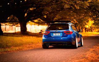 Фото бесплатно субару сти, синяя, фонари, выхлоп, дорога, деревья
