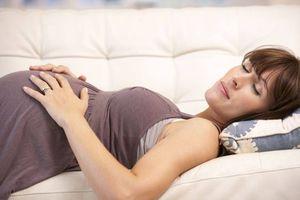 Фото бесплатно женщина, беременная, лежит