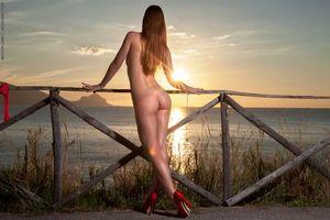 Бесплатные фото Amanda,модель,красотка,голая,голая девушка,обнаженная девушка,позы