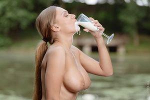 Бесплатные фото Katarina Muti,Ariel Temple,модель,красотка,голая,голая девушка,обнаженная девушка