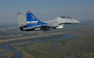 Бесплатные фото самолет,истребитель,миг-35,кабина,пилоты,крылья,вооружение