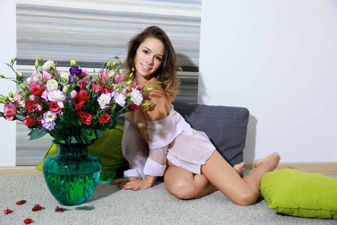 Free photo Emmy, girl, model - to desktop
