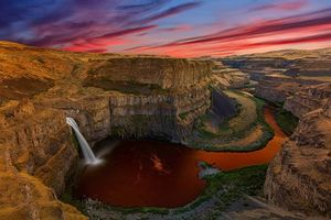 Бесплатные фото Palouse Falls, Washington, закат, водопад, скалы, пейзаж