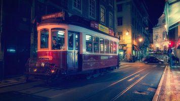 Фото бесплатно Лиссабон, Португалия, город, трамвай, дома, ночь, фонари, освещение, иллюминация