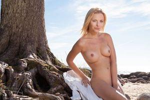 Бесплатные фото Raena,модель,эротика,красотка,девушка,голая,голая девушка