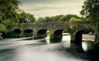Бесплатные фото река,течение,мост,арки,берег,лодка,галька