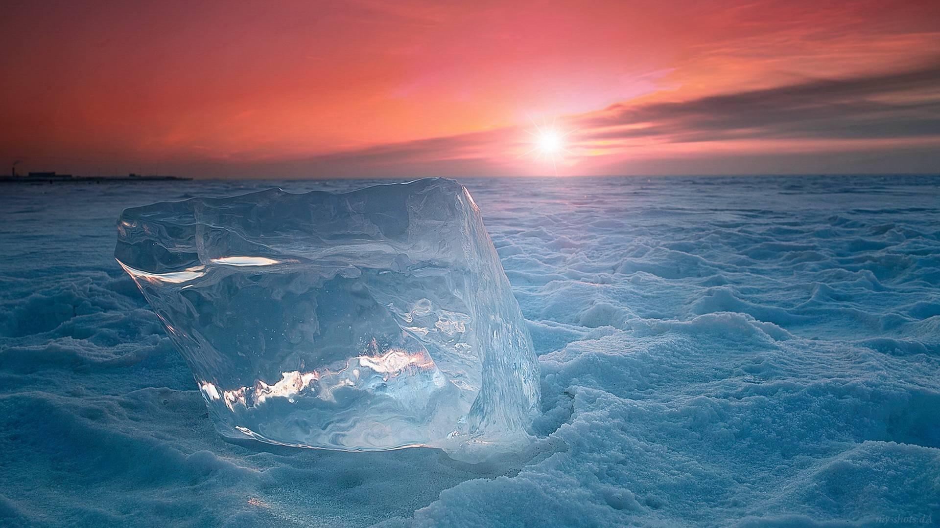 ледяные глыбы на закате скачать