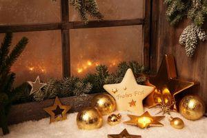 Обои новогодние обои, новогодний клипарт, с новым годом, окно, игрушки, шары, ветки, снег