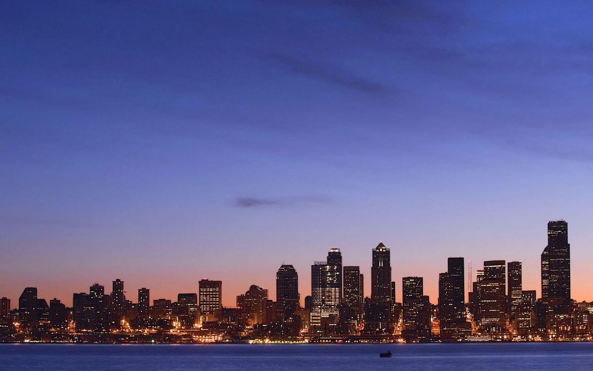 Фото бесплатно вечер, побережье, дома, небоскребы, огни, небо, город