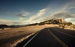 Бесплатные фото долина,дорога,асфальт,разметка,горы,растительность