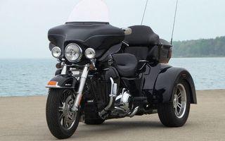 Бесплатные фото трицикл,черный,фара,ветровик,вилка,двигатель,диски