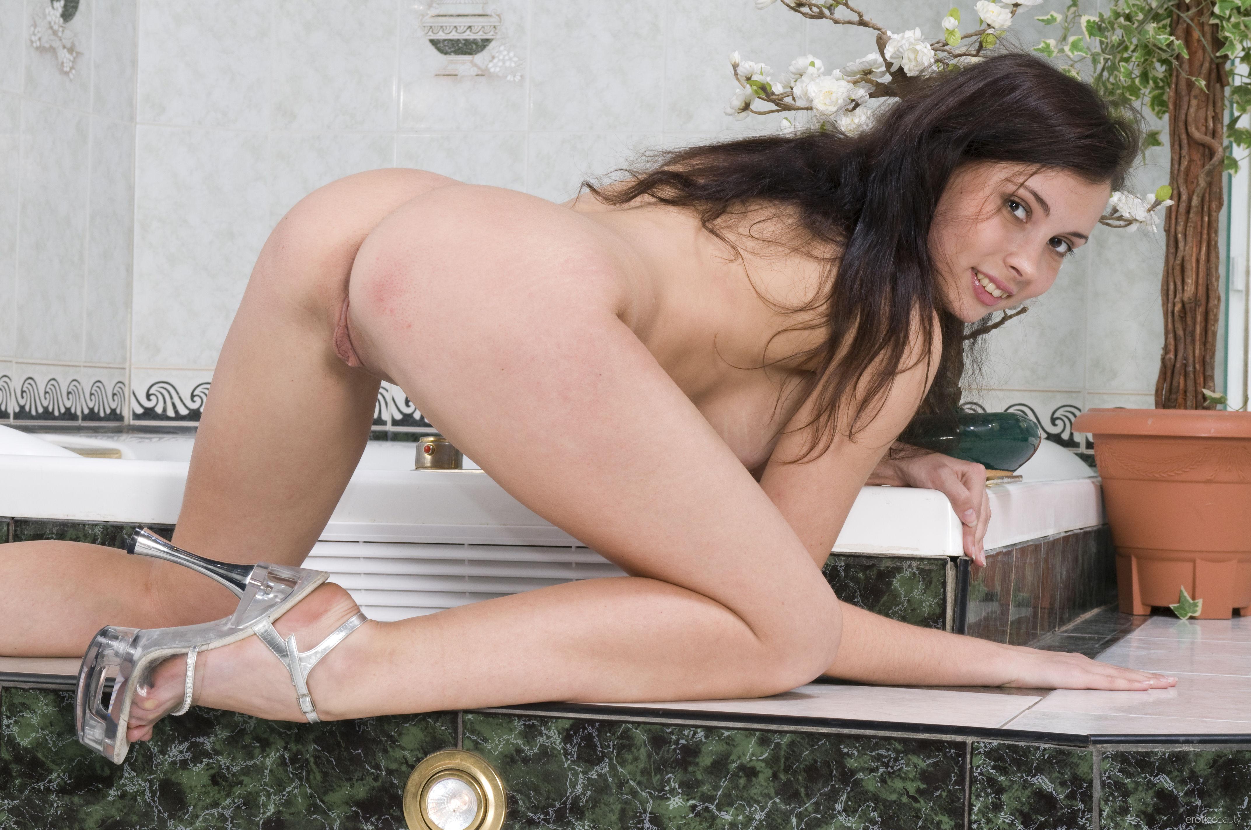 обои Zoe C, модель, красотка, голая картинки фото