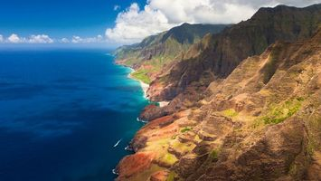 Бесплатные фото море,берег,горы,горизонт,небо,облака