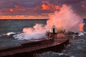 Бесплатные фото Графство Корнуолл, Англия, море, маяк, шторм