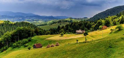 Фото бесплатно архаичная горная деревня, Румыния, холмы