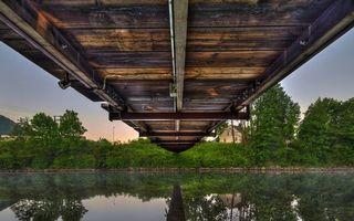 Бесплатные фото река, отражение, мост, берег, дом, деревья, трава