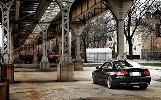 Бесплатные фото город,мост,конструкция,здания,бмв,черная,фонари