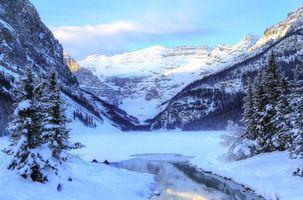 Заставки озеро Луиз,Банф,Канада,зима,озеро,горы,деревья