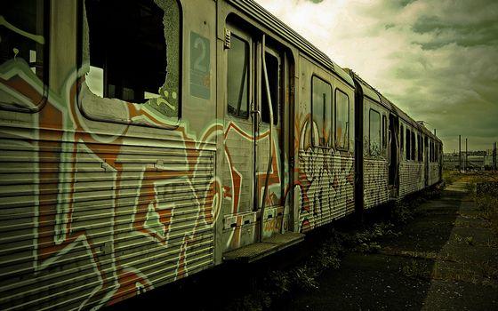 Photo free old cars, electric train, broken windows