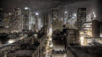 Бесплатные фото ночь,дома,здания,небоскребы,улица,деревья,автомобили