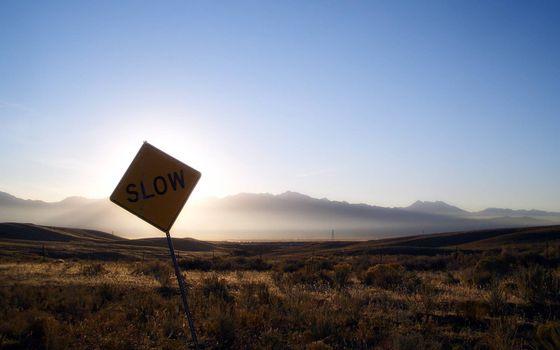 Фото бесплатно slow, дорожный знак, надпись