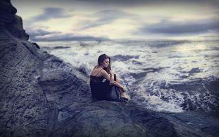 Фото бесплатно девушка, платье, берег, море, волны