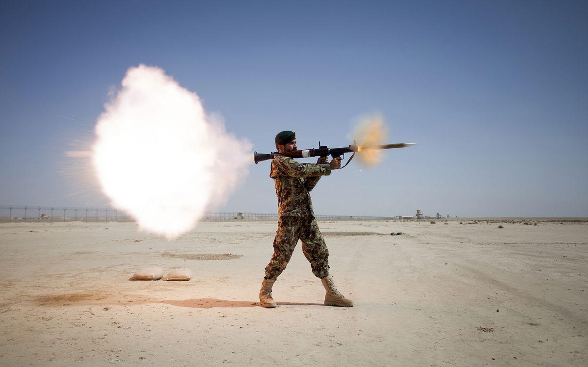 Фото бесплатно солдат, пзрк, выстрел - на рабочий стол