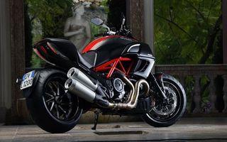 Фото бесплатно спортивный мотоцикл, номер, колеса