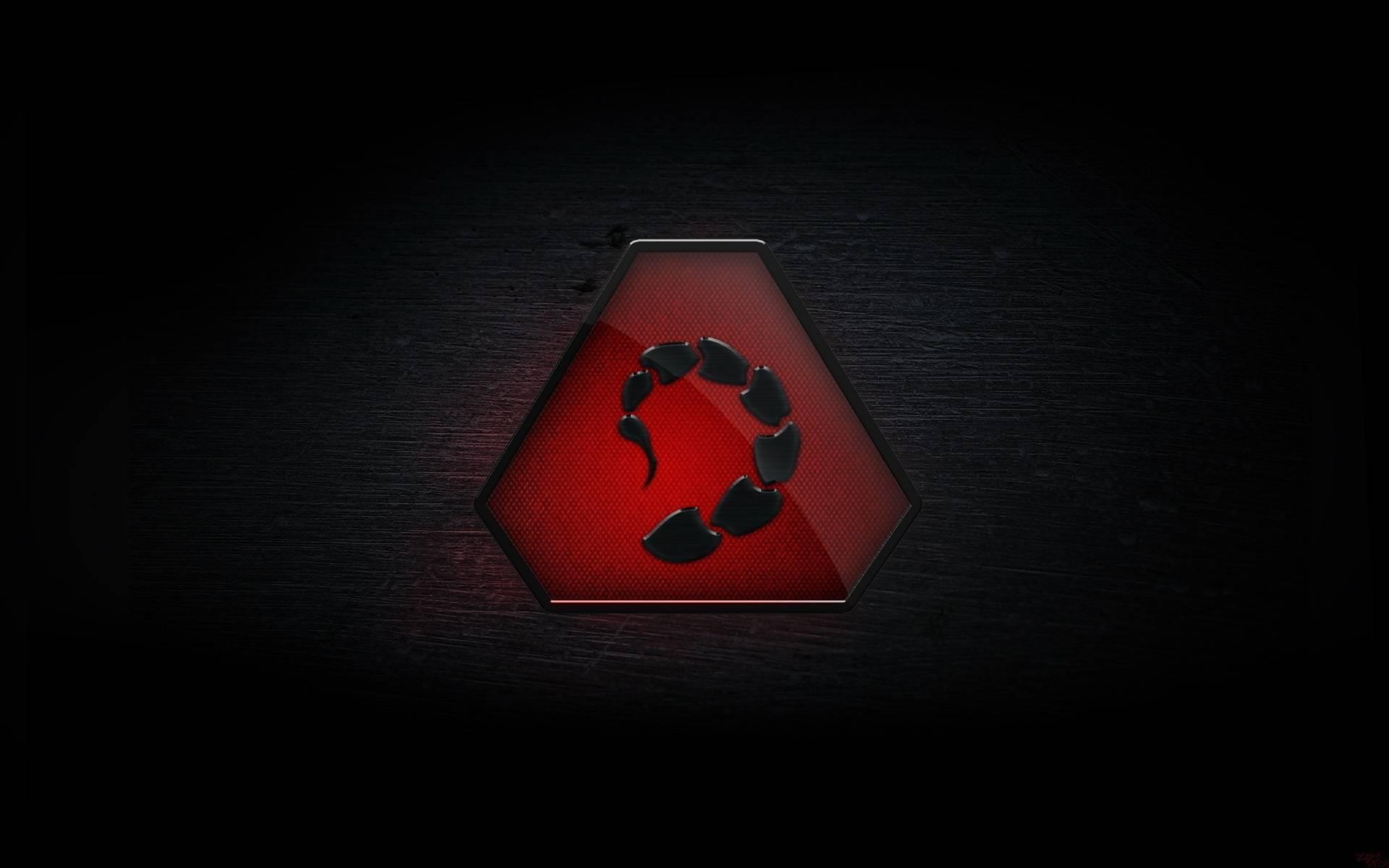 значок, хвост скорпиона, фон черный