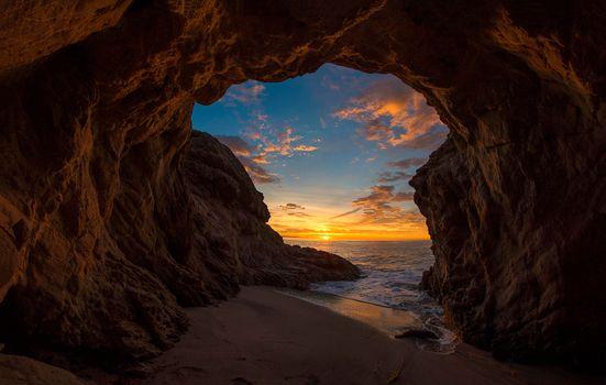 Фото бесплатно пещеры, скалы, закат