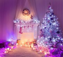 Фото бесплатно Рождество, фон, дизайн, элементы, ёлка, новогодние обои, новый год, интерьер, комната, камин, гирлянды, иллюминация