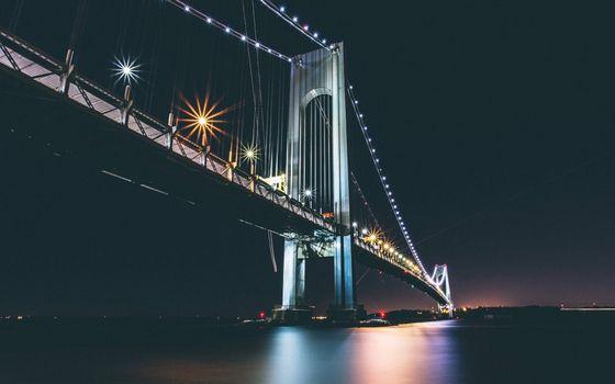 Бесплатные фото мост,ночь,фонари,трасса,пролив