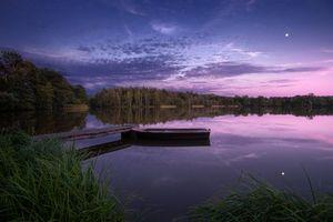 Бесплатные фото закат,озеро,лодка,мостик,лес,деревья,пейзаж