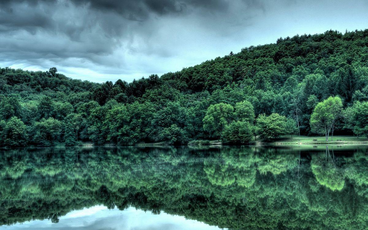 Фото бесплатно озеро, гладь, отражение, берег, холмы, деревья, небо, природа