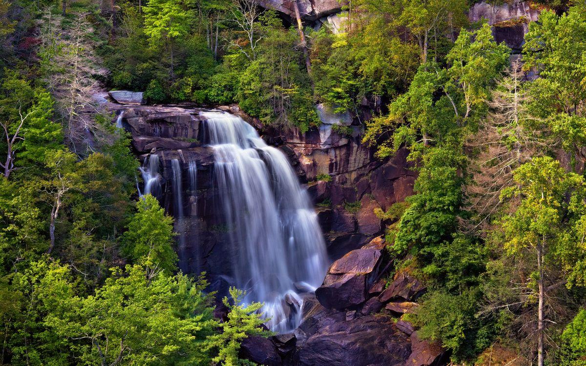 Фото бесплатно река, водопад, обрыв, камни, растительность, природа, пейзажи