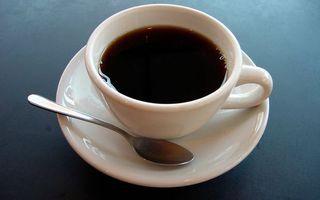 Бесплатные фото блюдце,ложечка,чашка,кофе,черный