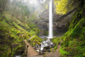 Бесплатные фото Latourell Falls waterfall,Columbia River Gorge,Oregon,мост,речка,водопад,природа